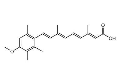 Acitretin, ≥99%